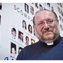 Un sacerdote italiano contra la pedofilia